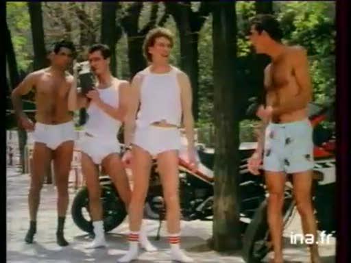 Pub Athena Caleçons (1988)