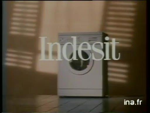Pub Indesit Machine à laver séchante (1989)