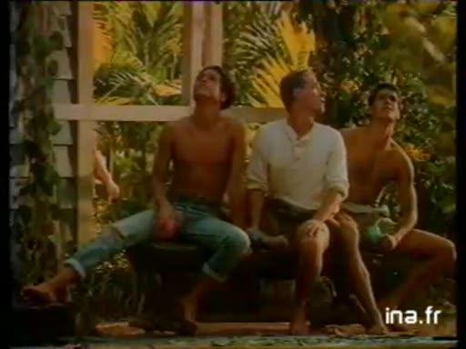 Pub Tahiti Douche (1989)