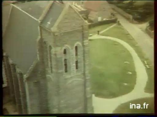 Pub Vedette : Au Pays de la Mère Denis (1980)